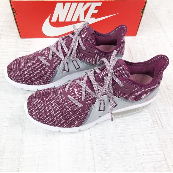 Nike Shoes - Nike Air Max Woman Sneaker Running Shoes New Sz 8